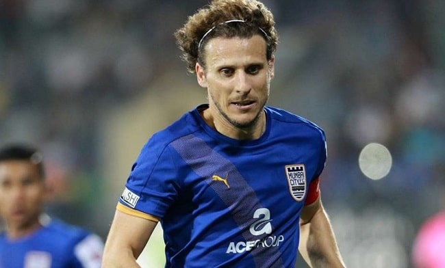 Diego Forlan is the 2nd most expensive transfers in ISL history.